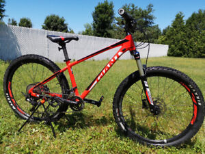 Giant talon 1  2018 + 2 set de tires etc... 27.5