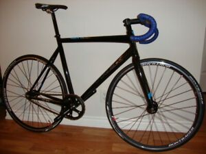 Track bike - Trek T1 (used only 3x indoors)
