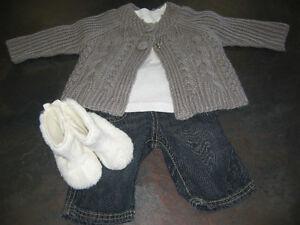 Girl's 3/6 months (Joe/Carter/Old Navy) Sweater/Long sleeve/pant London Ontario image 1