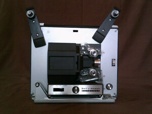 Bell & Howell 356a Autoload 8mm projector and Screen