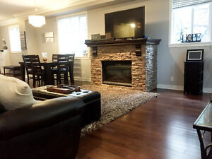 $499000 | Beautiful 4BR 2364ft2 Townhouse (VIRTUAL TOUR)