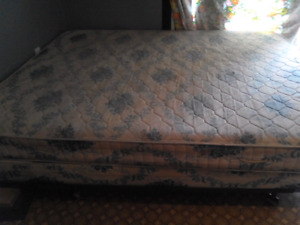 Queen mattress and box spring