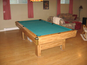 Table de billard Brunswick 4'x8'