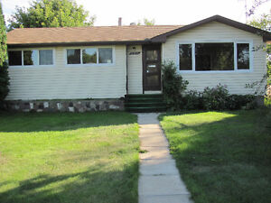 Recently Renovated Mayfield Bungalow