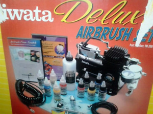 Iwata airbrush kit barely used