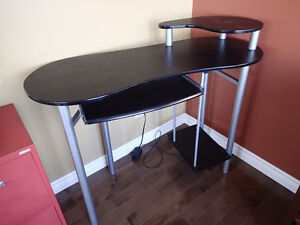Computer Desk. Meuble ordinateur