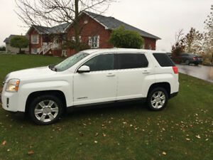 2013 GMC Terrain SUV, Crossover. Only 42700km!!!