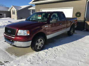 2005 Ford F150-XLT Extended Cab for sale 145,000km