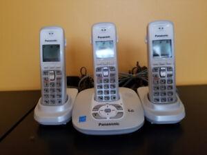 Téléphones sans fils Panasonic (3 combinés blanc)