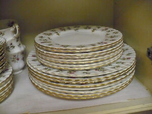Winsome Royale Albert china in excellent condition