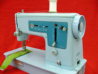 Classic Singer Sewing Machine All Metal Easy To Use Guaranteed