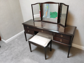 Stag Minstrel 5 Drawer Dressing Table Triple Mirror & Chair