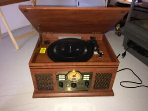 Record Player/ CD/ Cassette Player