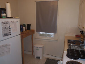 1 BDRM - EXCELLENT P.A. LOCATION - UP FROM V.P. POOL