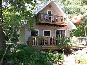 Three bedroom cottage, 45 minutes north of Kingston