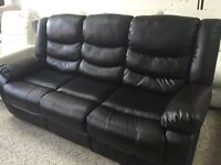 RECLINER 3 seats sofa with console in black or brown leather
