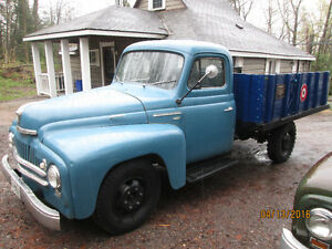 1950 international L130 Orig.paintTruck is Nice!Still Available