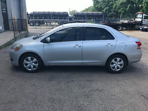 2007 Toyota Yaris Very clean New Brakes A/C Safety