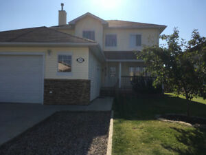 Beautiful furnished two bedroom suite in lakewood