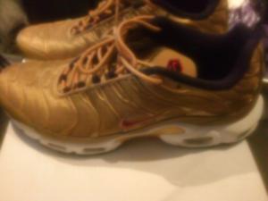 Nike TN Tuned Gold QS Size 13 Like new. $175