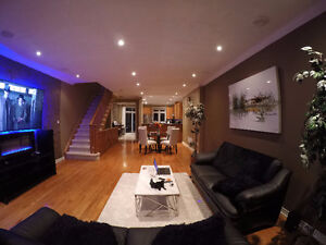 Spectacular Spacious Ravine Lot Townhome in Lisgar Mississauga