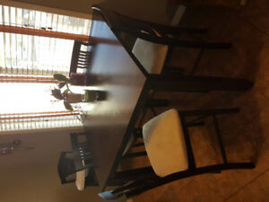 Table & 4 Chairs Set