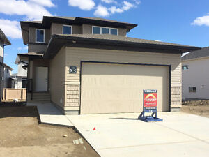 PRICE REDUCED | 2 Storey in Copperwood!
