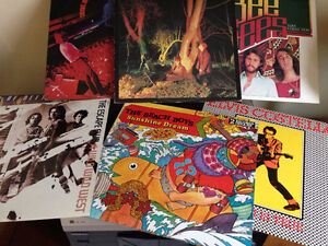 Lots of music records and cds Windsor Region Ontario image 1