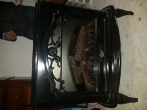 Fireplace - Unique, modern and great condition