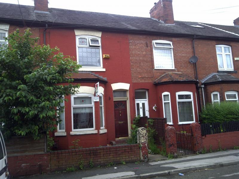 4 bedroom house in Croft Street, Salford M7 1LR