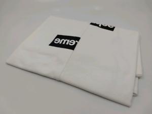 9ea344567d77 Supreme Box Logo Tee | Buy or Sell Clothing for Men in Toronto (GTA ...