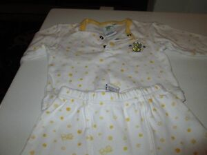 Two piece outfit (9 M) Kitchener / Waterloo Kitchener Area image 1