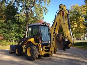 new holland B95C 2014 (900 hrs) West Island Greater Montréal image 3