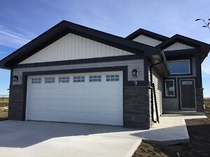 Brand New House in Fort Saskatchewan