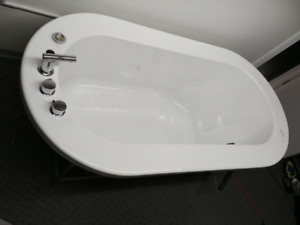 Bathtub new