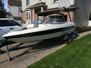 Bateau STINGRAY 185LS 2012 open deck inboard