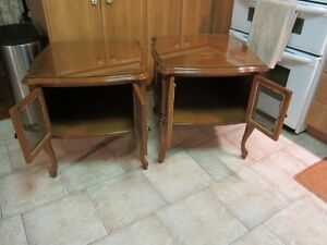 TWO NICE SIDE TABLES West Island Greater Montréal image 2