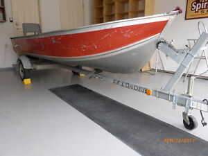 14' HarberCraft Boat with EZ Load Trailer