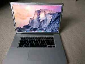 MacBook Pro 17 inches