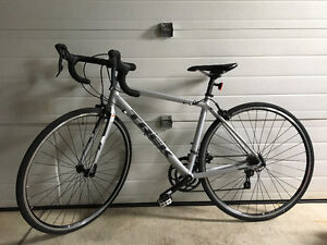 Trek 1.1 C H2 Road Bike *Like-New Condition* $700