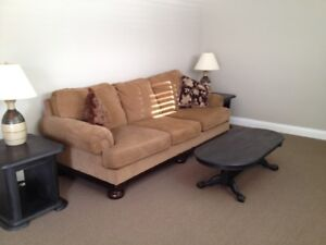 Solid wood coffee and 2 end tables and 2 lamps