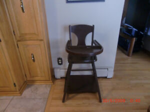 High Chair   can be used 3 ways  ( very old )