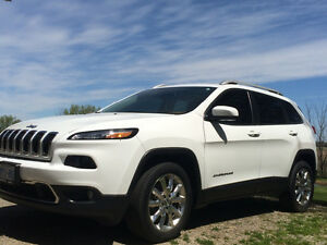2015 Jeep Cherokee Limited SUV, Crossover