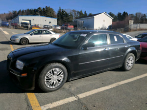 2010 Chrysler 300 LOW KM 80,000!!!! NEW MVI !!!