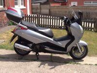 Honda s wing 125cc maxi scooter 10 reg, may deliver