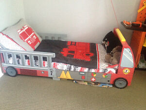 Fire truck bed in new condition!!! London Ontario image 3