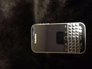 Barely Used Blackberry Phone