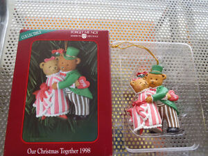 AMERICAN GREETINGS COLLECTOR TREE ORNAMENT