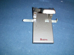 VINTAGE BATES OFFICE DESK 2 HOLE PUNCH-PERFORATOR-COLLECTIBLE!