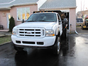 Ford F-450 Dompeur